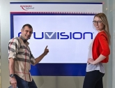 Für den neuen Webauftritt hat Oruvision eine eigene Fotoserie mit jungen Models kreiert. Foto: Oruvision / Christian Postl